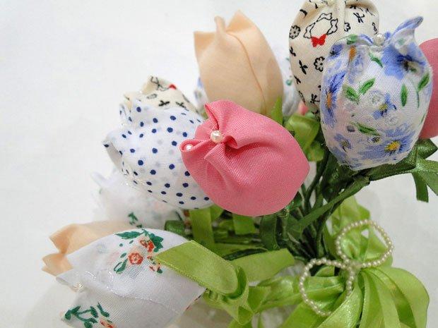 Buquê de Flores em Tecido