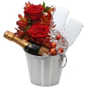 flores-e-chocolates-balde
