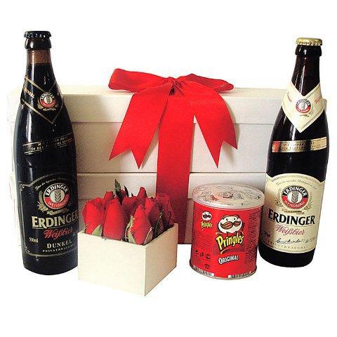 Kit de cervejas e flores