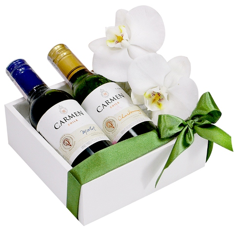 Presente com vinhos e orquídeas