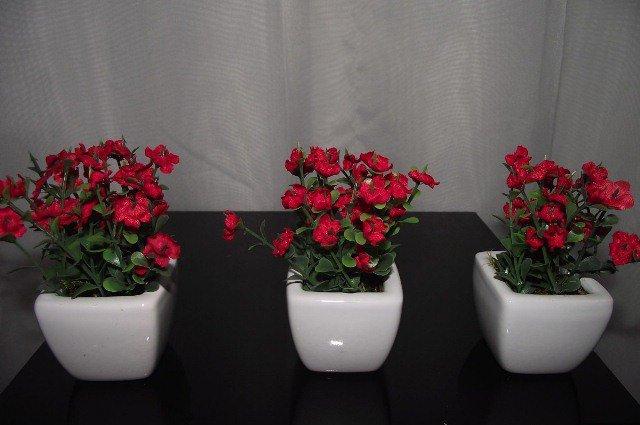 Arranjos Florais de Porcelana