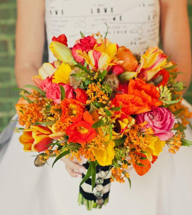 buque-de-noiva-flores-mistas
