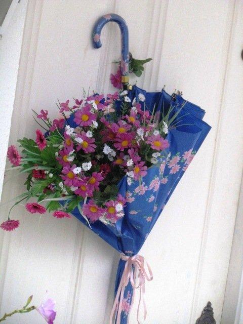 Arranjos de Flores para Mesa em Guarda-chuva