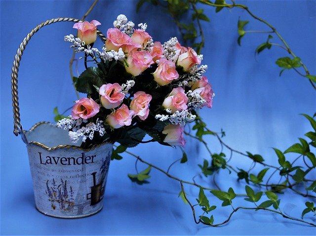 Deixe Seu Presente Mais Completo Com as Latas Decorativas