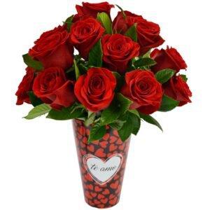 amoroso-com-rosas-colombianas-no-vaso cultivar rosas em apartamento