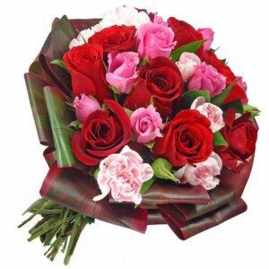 arranjos-de-flores-para-namorada-rosas-mix