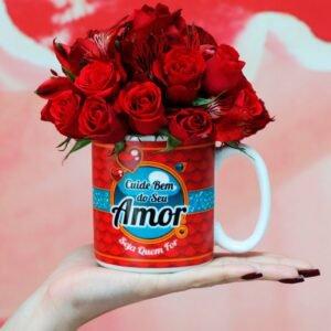 Caneca e Mix de Flores