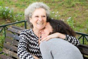 Presente Dia da Mulher para Avó: A Segunda mãe que sempre estará do seu lado