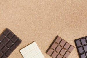dia do chocolate diversa barras de chocolate